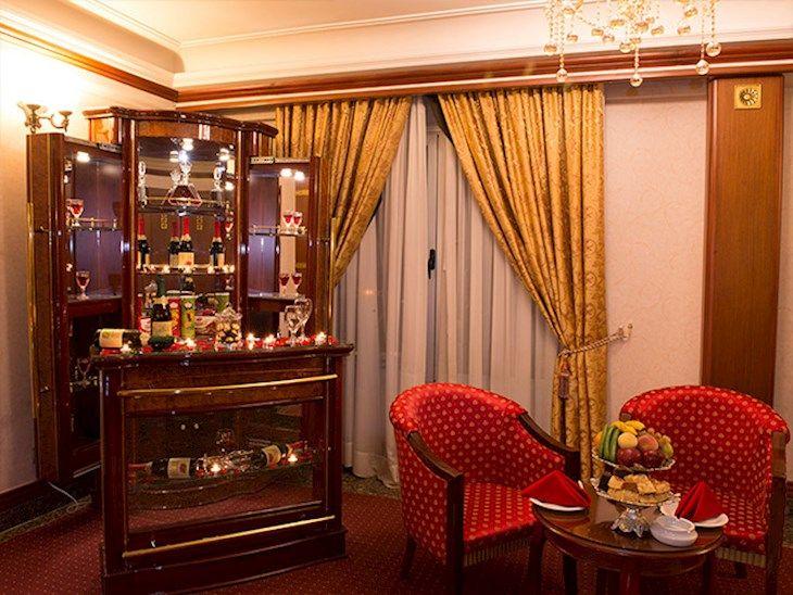 رزرو هتل قصر طلايي مشهد