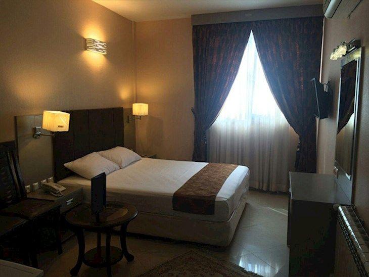 رزرو هتل دیبا مشهد
