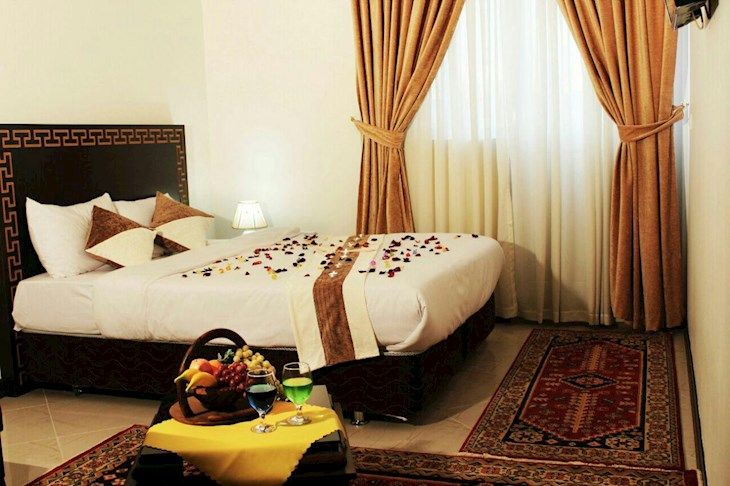 رزرو هتل محلات مشهد