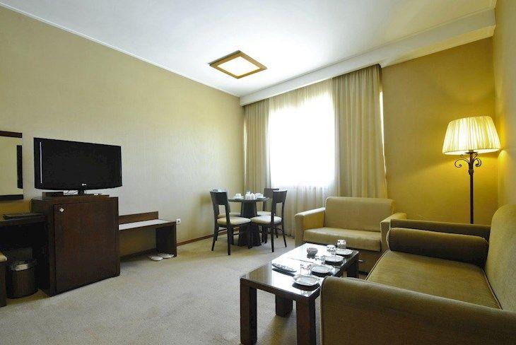 رزرو هتل فردوس مشهد