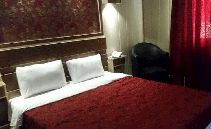 رزرو هتل پانیذ کیش