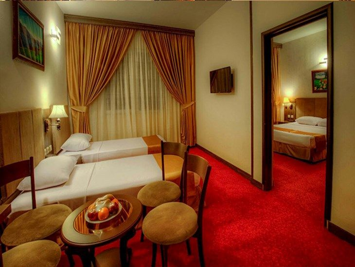 رزرو هتل کیانا مشهد