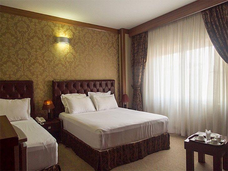 رزرو هتل شارستان مشهد