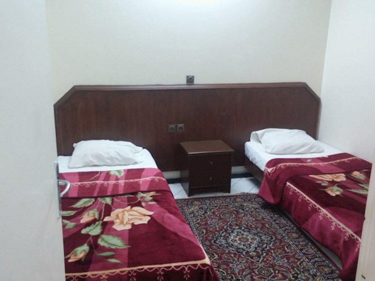 رزرو هتل شاهین مشهد