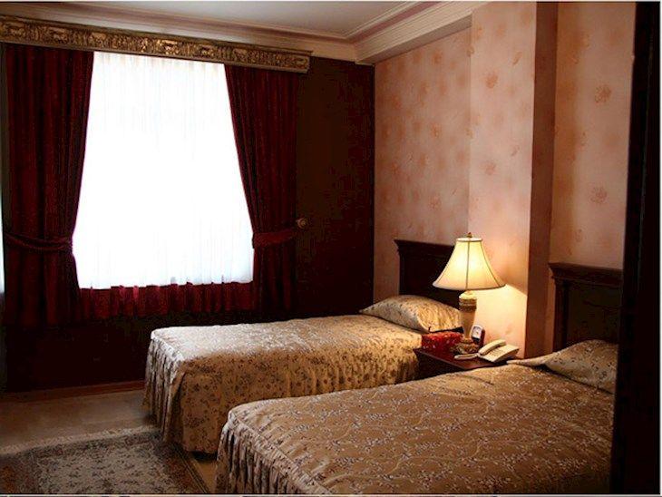 رزرو هتل کوروش تهران