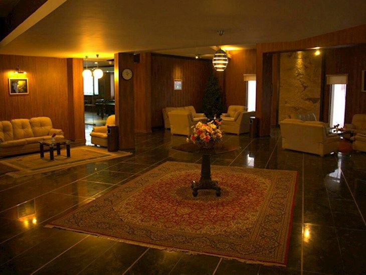 رزرو هتل پولاد کف شیراز
