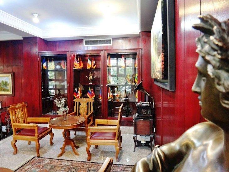 رزرو هتل تاوریژ تهران