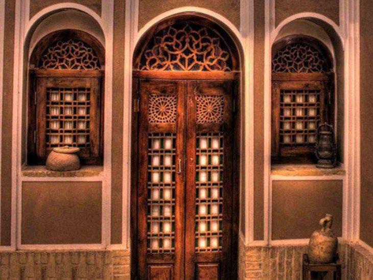 رزرو هتل تاریخی لب خندق یزد