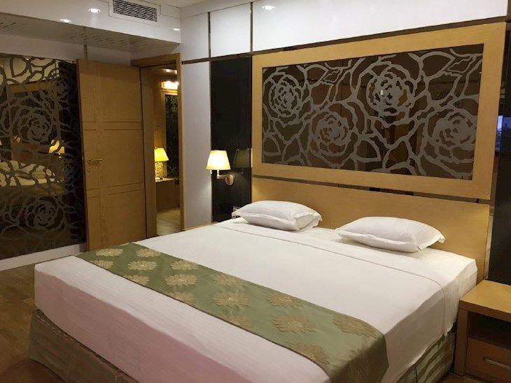 رزرو هتل آرمان مشهد
