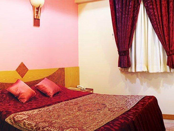 رزرو هتل احسان مشهد