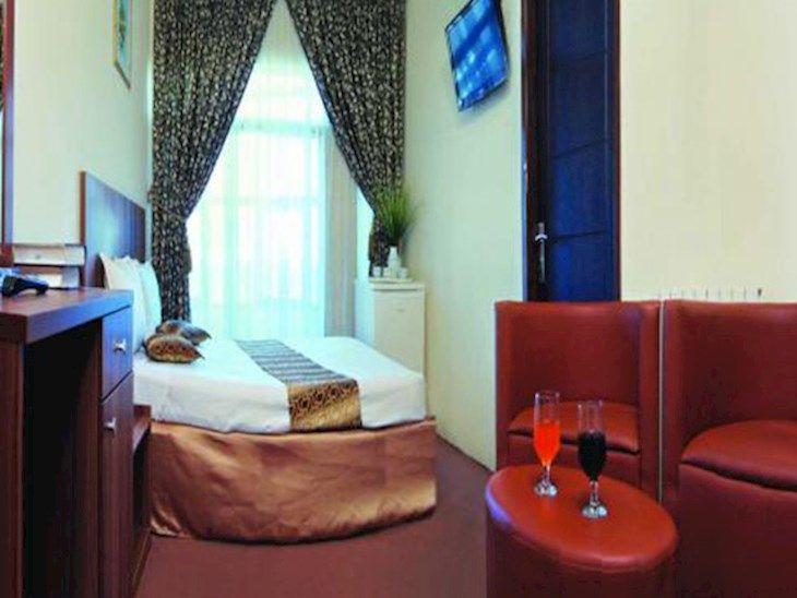 رزرو هتل جواهری مشهد