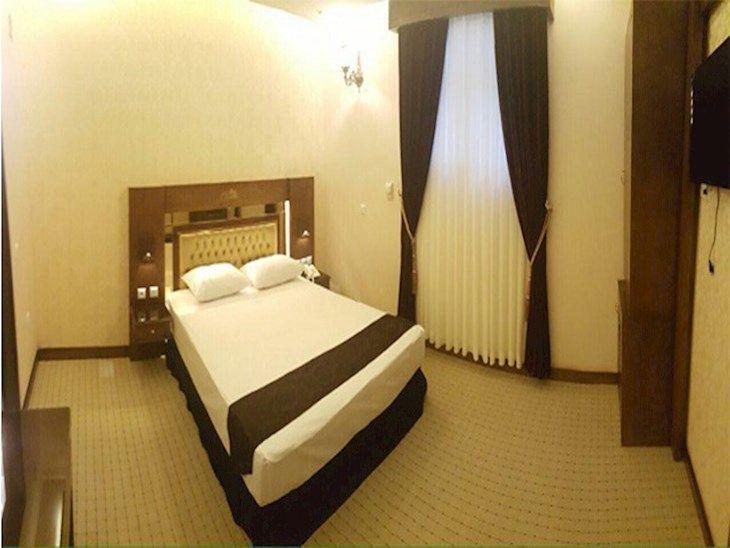 رزرو هتل ذاکر مشهد