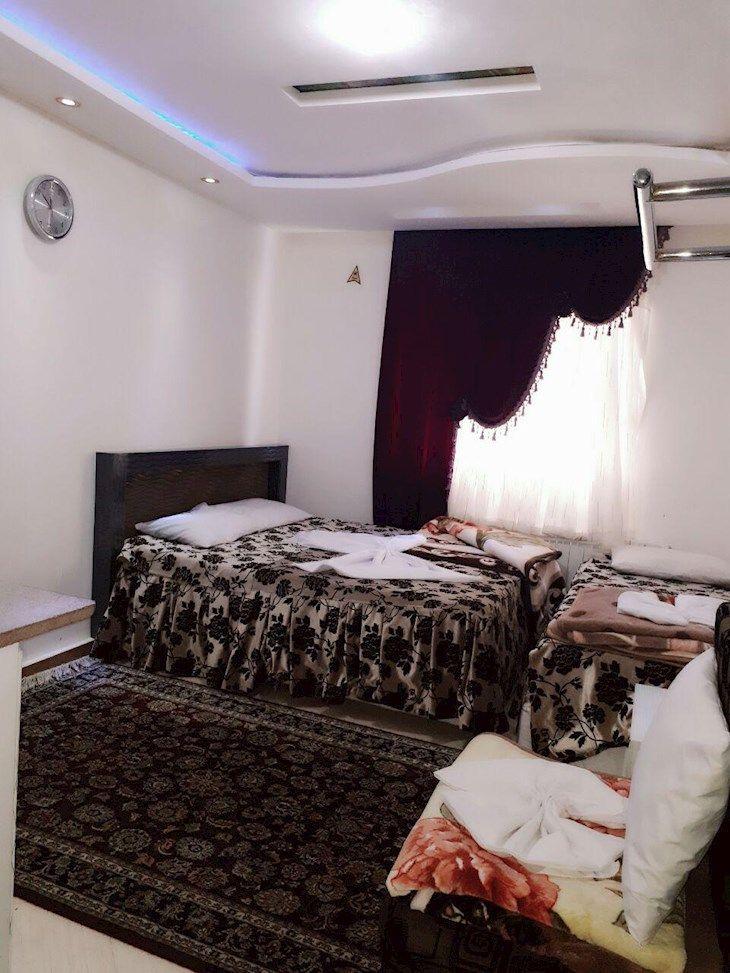 رزرو هتل عالي قاپو مشهد