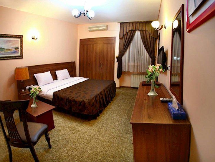 رزرو هتل اطلس شیراز