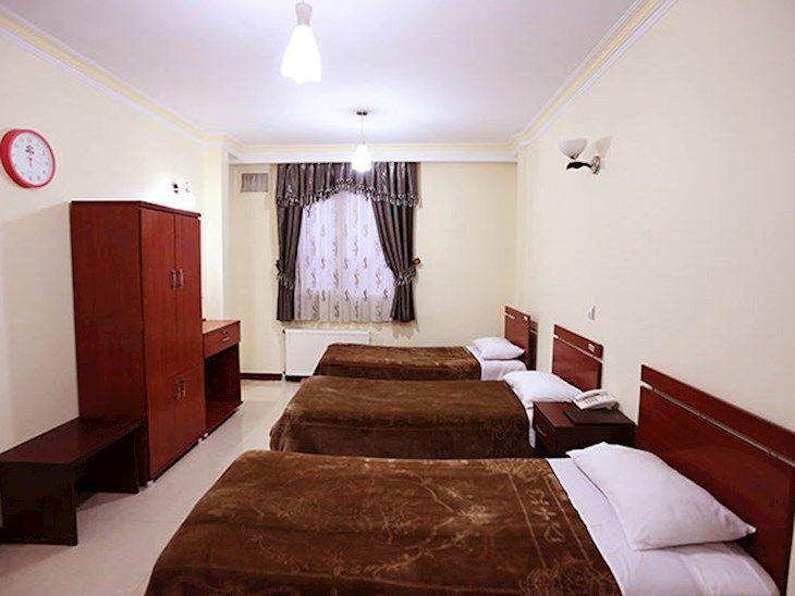 رزرو هتل مینا تهران