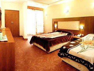 رزرو هتل همراز مشهد
