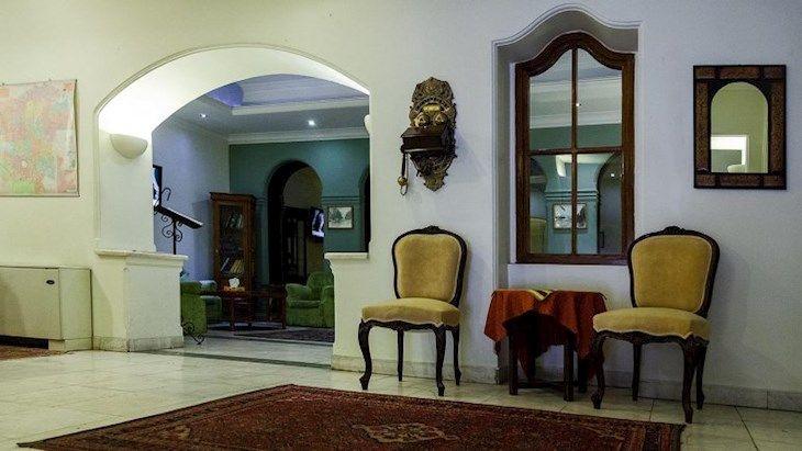 رزرو هتل قناري تهران