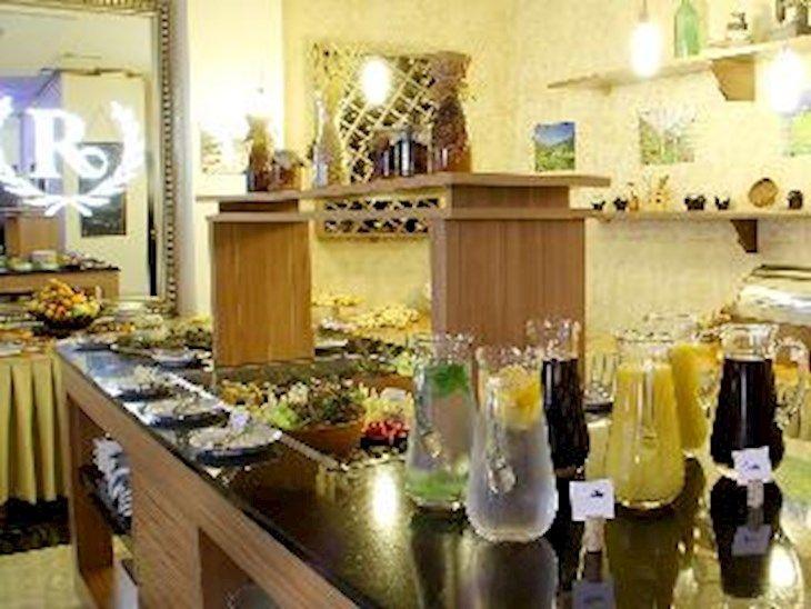 رزرو هتل Cron Palace Hotel Tbilisi تفلیس