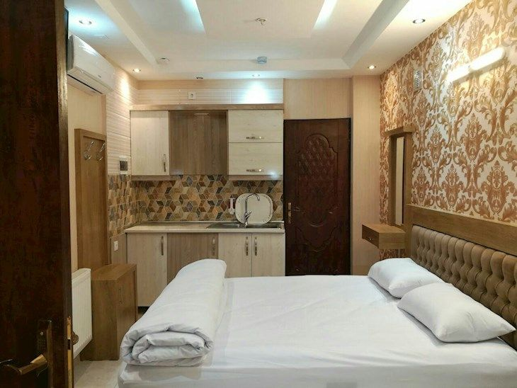 رزرو هتل بهزاد مشهد
