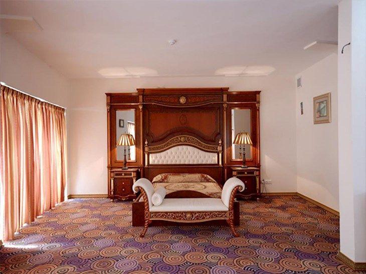 رزرو هتل بزرگ ارم کیش