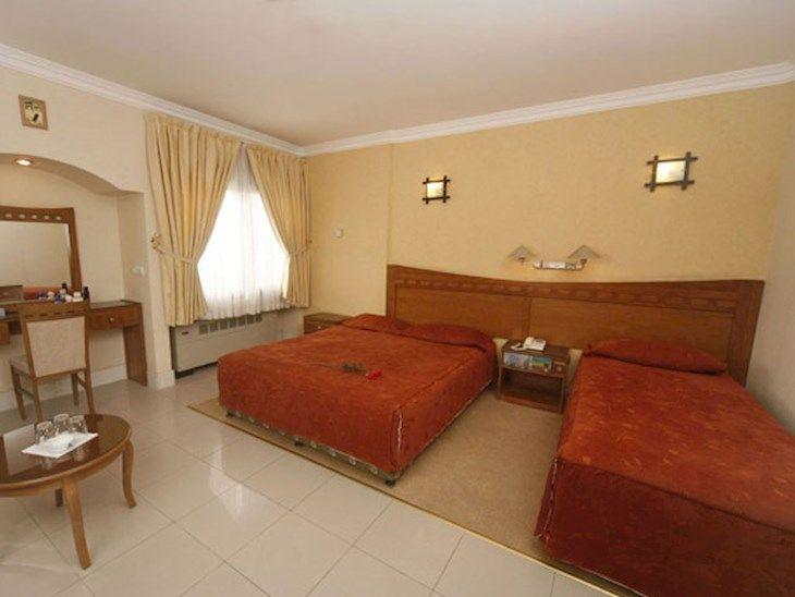 رزرو هتل آزادی اصفهان